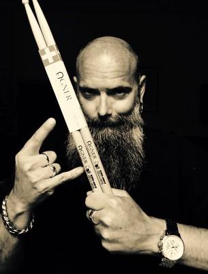"Aber immer dabei: Agner Swiss Drumsticks ""Léo Signature"""
